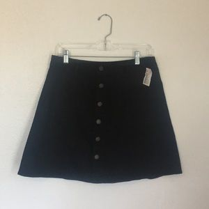 🍭Button up black skirt!